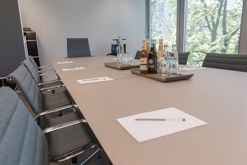 Umbau eines Notariats Konferenzraum